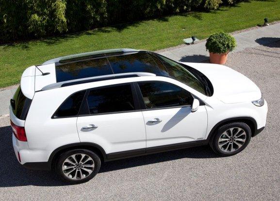 Тест-драйв Kia Sorento 2013-го модельного года: фото-обзор с характеристиками